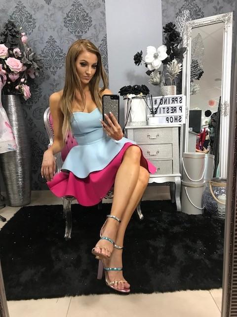 Spoločenské krátke korzetové šaty - svetlomodré/cyklamenovo ružové
