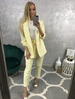 Ležérny formálne spoločenský nohavicový kostým -sako nohavice / svetložltý