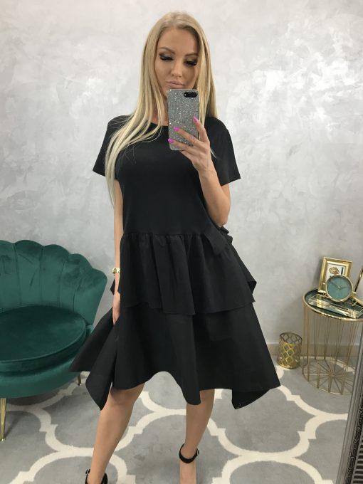 Krátke čierne šatky s nazberanou volánovou sukňou
