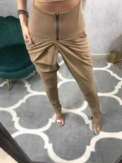 Trendy hnedé tepláky s vysokým pásom