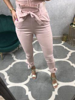 Trendy rúžové nohavice s viazaním na páse a členku