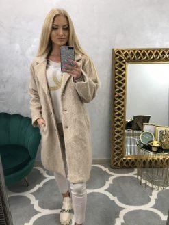 Dlhší vlnený kabátik s fazónou
